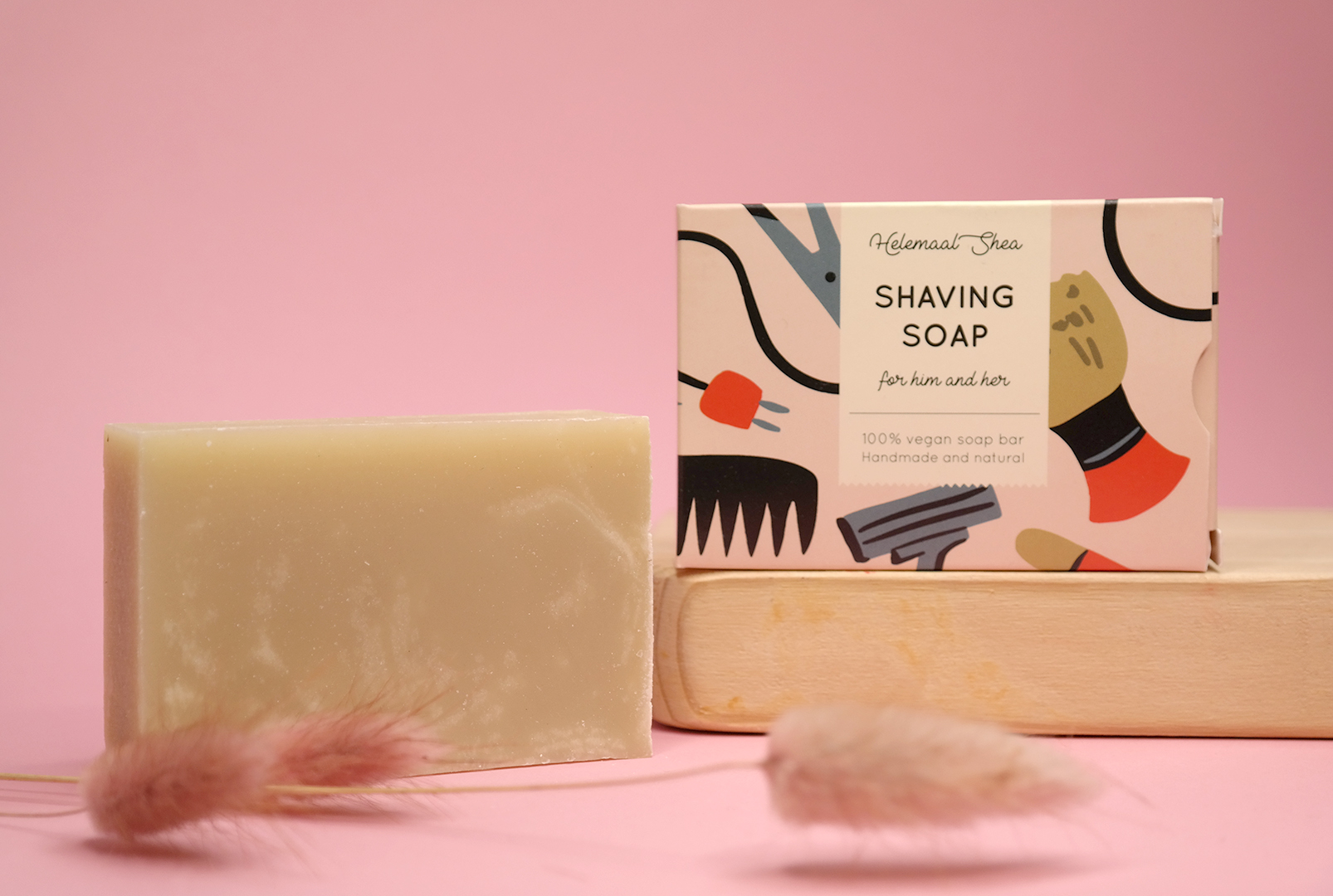 HelemaalShea Shaving Soap sheivaussaippua
